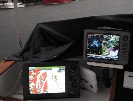18-inch_radar_in_rain2_cPanbo.JPG