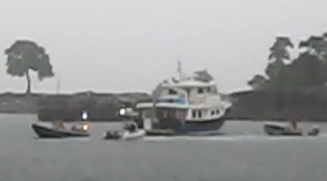 Trawler_rescue_in_Camden_Harbor.JPG