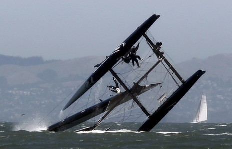 Oracle_AC45_capsizing_in_SF_courtesy_Reuters.jpg