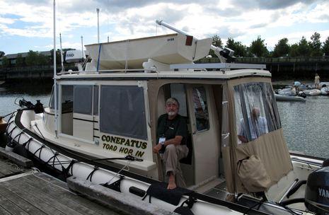 Conepatus_Rosborough_RHIB_cruiser.jpg